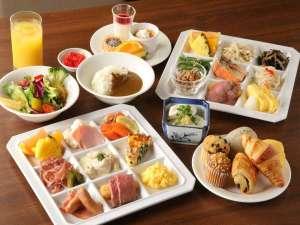 神戸トアロード ホテル山楽(旧ホテルトアロード):約30種類の和食洋食のビュッフェは焼きたてパンが人気!!
