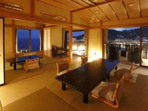月の栖 熱海聚楽ホテル:夜には熱海の夜景をご堪能ください【月世界】二間客室