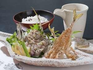 海辺の料理宿 政右ヱ門(まさえもん):粋な漁師料理千倉港の鯵のなめろうセット