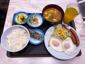 ユニゾイン神戸三宮(2018年1月25日オープン):選べる朝食(ソーセージエッグ定食)