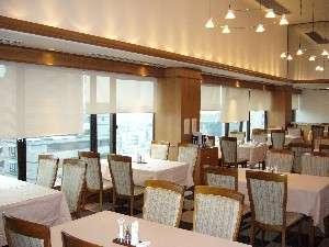 レストラン「アンボメ」 7階
