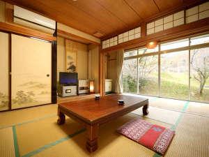 湯の瀬温泉 湯の瀬旅館:昔ながらの旅館スタイル-和室