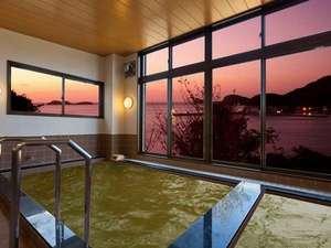 国民宿舎 壱岐島荘:温泉大浴場