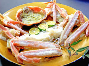 年間民宿 浜岸:蟹刺し(画像一例)