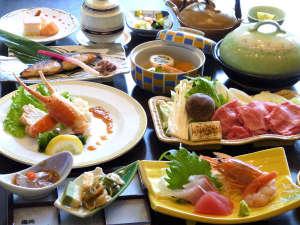 白浜温泉 湯処むろべ:【夕食一例】白浜ならではの旬の食材を使った季節の味覚をお愉しみ下さい。
