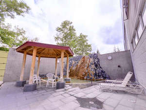 ホテルマウントレースイ:*露天風呂/北海道の澄んだ空気を五感で感じながら浸かる温泉は格別。