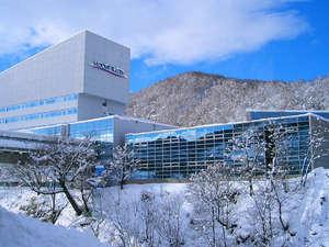 ホテルマウントレースイ:*マウントレースイスキー場リフト乗り場まで直結です。