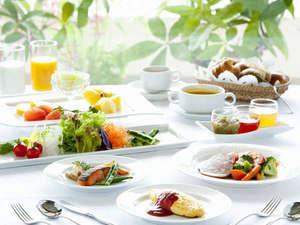 EMウェルネスリゾート コスタビスタ沖縄ホテル&スパ:身体に優しいコスタビスタ朝食イメージ