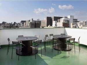 カオサン京都ゲストハウス:晴れた日には屋上でゆっくり