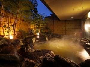 潮の香の湯宿 浜紫:殿方 露天風呂 夜