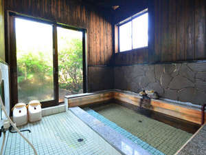 吹上温泉 新湯温泉旅館:硫黄泉(単純硫黄泉も含む)は心臓病、高血圧症などの効能があります。