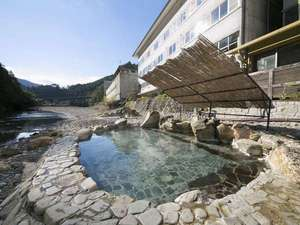 川原の露天風呂