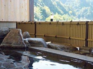 入鹿温泉ホテル瀞流荘 :北山川を望む露天風呂