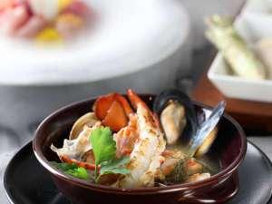 箱根小涌園 天悠:【特別室】春のお料理一例 魚介のブイヤベース
