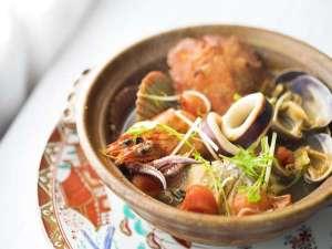 あしずり温泉郷 ホテル足摺園:あしずりブイヤーベース・・・宗田節の出汁とトマトがコラボ♪温まりますよ。