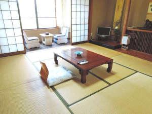 阿さひ旅館:8畳和室(控え間・洗面所・トイレ付)