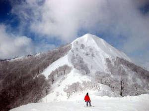 ロッヂ山びこ:岩原スキー場への送迎も承っております。※詳細はフロントにてお問合わせ下さい。