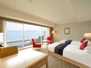 神戸メリケンパークオリエンタルホテル:・アウトドアリビングプレミアオーシャンツイン8-9階