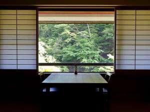 【梅の館】静寂と美しい山と清流の景色