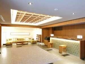 ホテルグレイスリー京都三条:フロントロビー