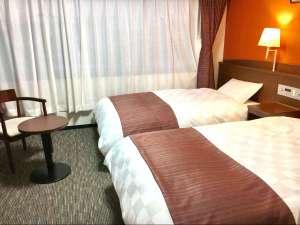 彦根グランドデュークホテル:≪城側ツイン≫お部屋から彦根城がご覧いただけます