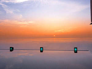 ホテルニューアワジ別亭 淡路夢泉景:【天宮の雫】海と空と湯が交わるように浸かる露天風呂からの日の出は一見の価値あり
