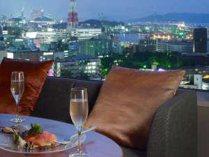 ホテルオークラ福岡:夜景イメージ★博多湾を面したお部屋から博多の街並をお楽しみください
