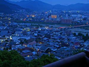 たつの市 国民宿舎 赤とんぼ荘 :龍野の高台にある当館からは美しい景色がお楽しみいただけます
