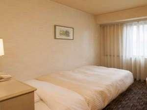 大阪なんばワシントンホテルプラザ:シングル13.5平米