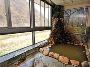 裾花峡温泉 うるおい館 渓流沿いの源泉100%掛け流し宿