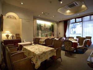 広島グランドインテリジェントホテル:〔1F〕Lobby Lounge:Amati