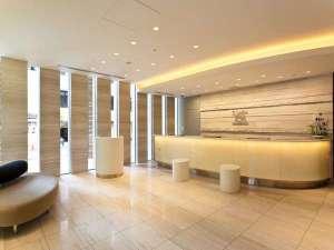 ソラリア西鉄ホテル銀座:フロント チェックイン前・チェックアウト後のお荷物のお預かりはこちらまで