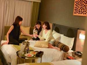 ホテルサードニクス東京:24平米確約♪広いお部屋で話も広がる♪