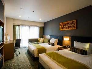 ホテルサードニクス東京:全室24平米以上のゆったりした空間。ベッド幅はお子様の添い寝も楽々全室140cm以上。