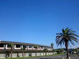 鎌倉プリンスホテル:!心地よい潮風を感じながら海まで散歩してみませんか♪