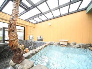 熱海温泉 料理旅館 渚館:*展望露天家族風呂『お宮の湯』/熱海湾を見渡す絶景が楽しめる貸切風呂。