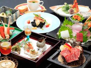 熱海温泉 料理旅館 渚館:*夕食一例/お料理は旅の楽しみの基本。旬を大切にした当館ならではの会席料理でおもてなし致します!