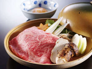 加賀屋姉妹館 あえの風:特選牛&松茸のすき焼き