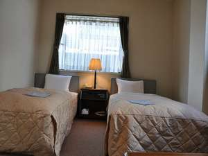 ビジネスホテル光年