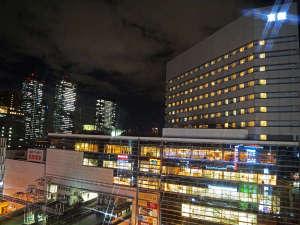 ホテル京阪 京橋 グランデ:階下の京阪モールはお買い物やお食事に便利!