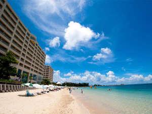 リザンシーパークホテル谷茶ベイ:天然のビーチまで徒歩0分!