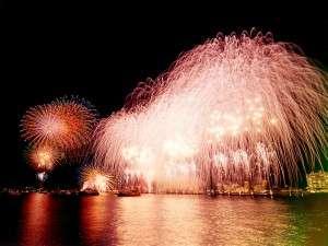 磯料理の宿 松屋:8月18日~20日までの3日間、花火大会です