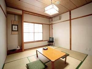 八幡平市自然休養村 なかやま荘:和室でゆったり