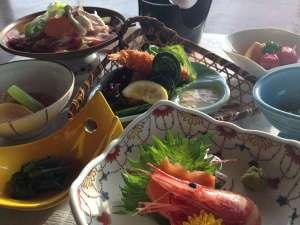 八幡平市自然休養村 なかやま荘:山菜時期のとある日の御夕食
