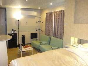 ユーティリティ ホテル クー:客室