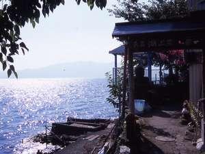 琵琶湖の魚師の島 沖島