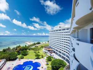 ロイヤルホテル沖縄残波岬の写真
