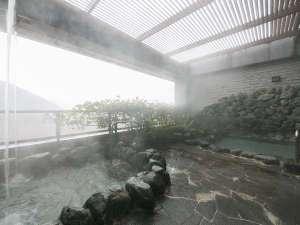 オテル・ド・マロニエ下呂温泉:【露天風呂】大浴場に併設されている露天風呂からは温泉街が一望できます。