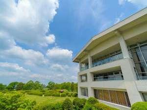 黒川温泉 瀬の本高原ホテル(旧三愛高原ホテル)の写真