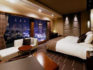 ホテルグランヴィア大阪:【グランヴィアツイン】ワイドスパンから、高層階ならではの景色をお楽しみいただけます。